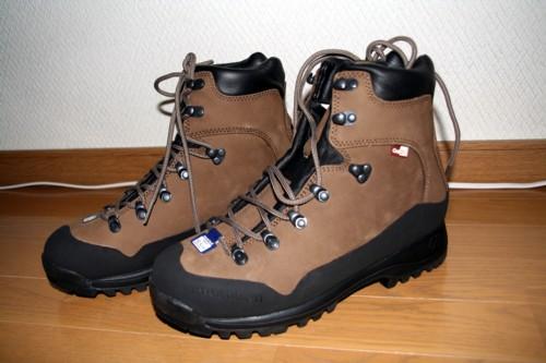 登山靴を買い換えました ...